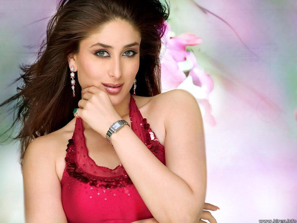 kareena-kapoor-beautiful-wallpaper-0