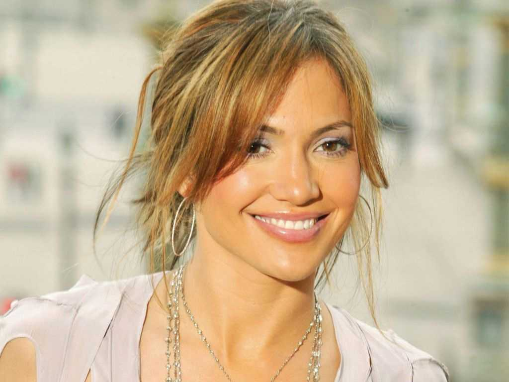 jennifer-lopez-wallpaper-2012