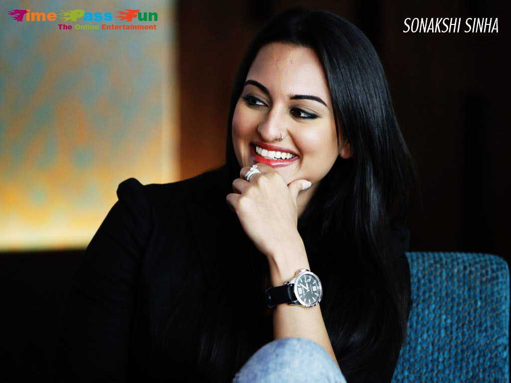 sonakshi-sinha-wallpaper-1024x768