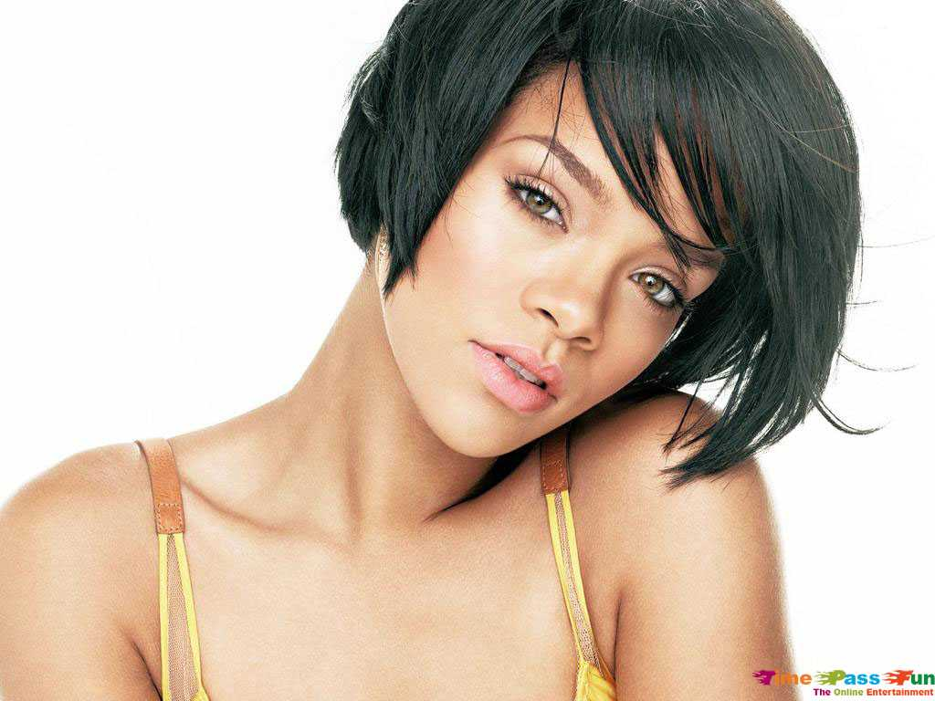 rihanna_wallpaper-2