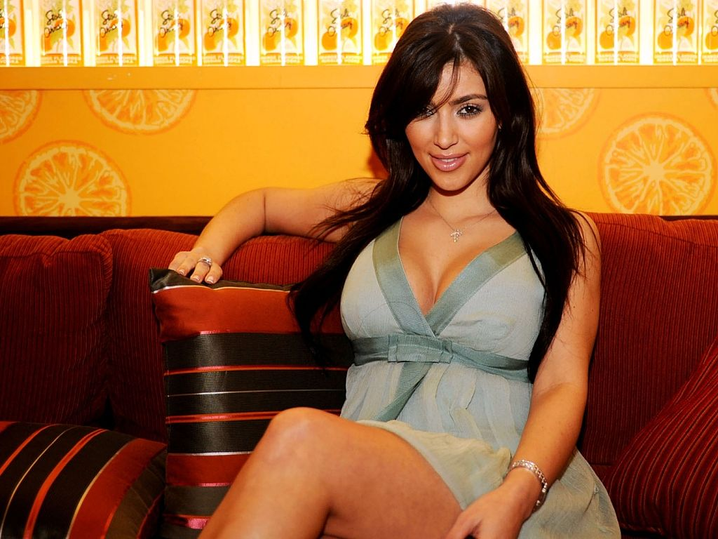 kim-kardashian-hd-sexy
