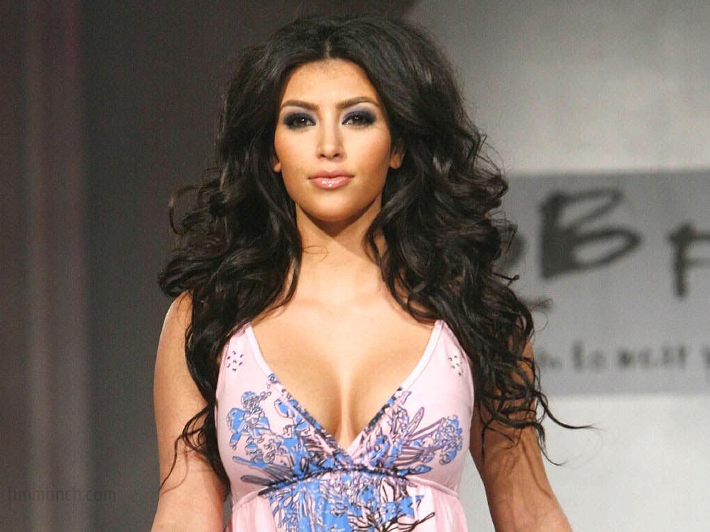 kim-kardashian-hot-1024x768