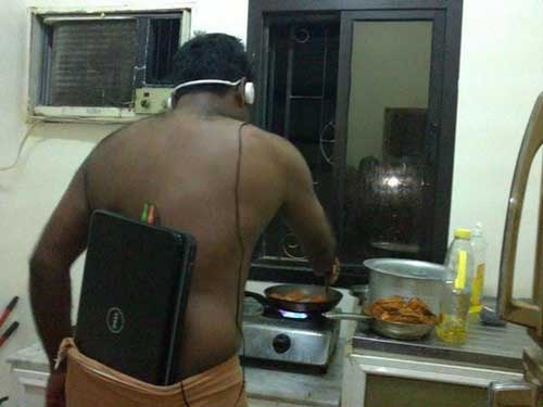 funny-music-laptop