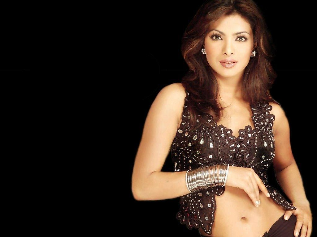 Priyanka-Chopra-Wallpapers