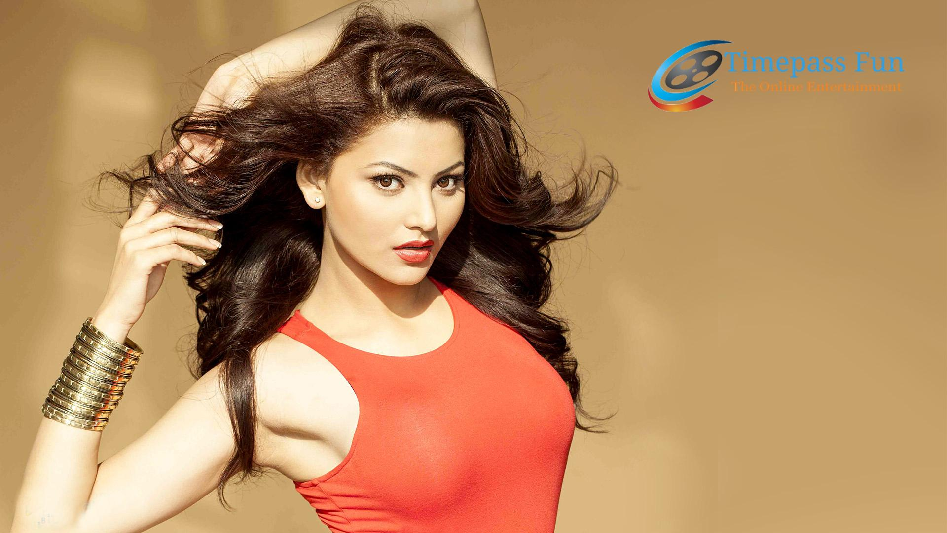 urvashi-rautela-wallpapers